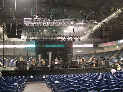 NEXO ALPHA @ Dodge Arena in McAllen, TX (Hootie and the Blowfish)